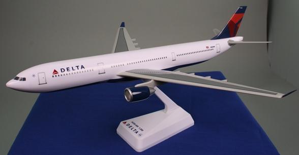 Delta (07-Cur) A330-300 1:200
