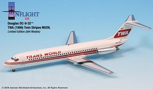 TWA Twin Stripe N929L DC-9-32 1:200